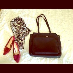 Handbags - Work tote/laptop bag, like new condition, black